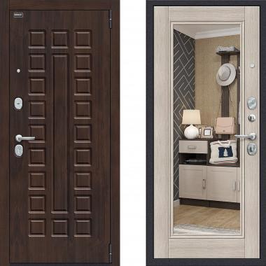 Металлическая входная дверь Bravo оптим урбан с зеркалом Капучино